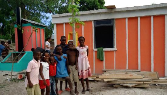 haiti_refugios_permanentes_ferrocemento