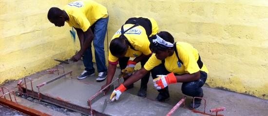 La reconstrucción de Haití con ferrocemento impresiona al PNUD